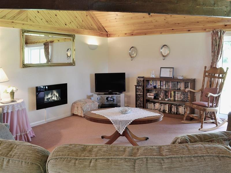 Mill End Farm Cottage in Kings Stag, Dorset. - sleeps 6 people