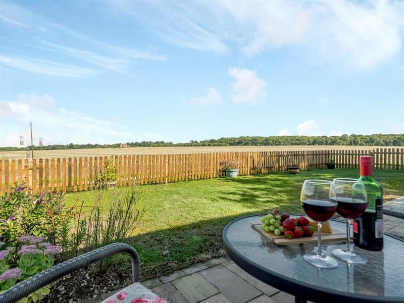 Mill Lodge in Dunston, near Lincoln - sleeps 2 people