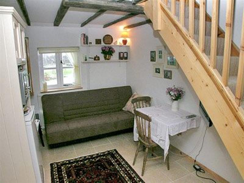Mini Cottage in Denver, nr. Downham Market - sleeps 2 people