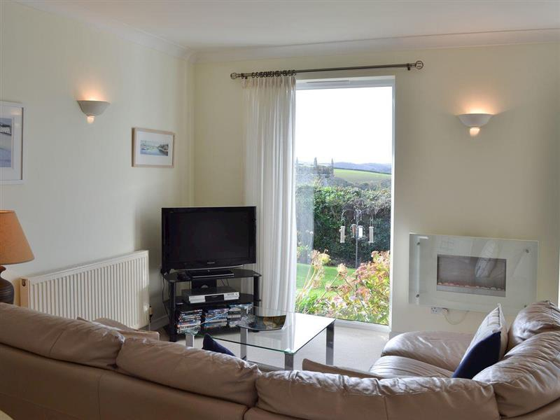 Moonrakers in Ruan Lanihorne, near Truro - sleeps 4 people
