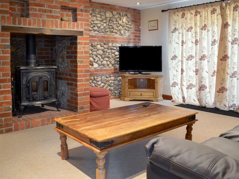 Moor Farm Stable Cottages - Church Farm Barn in Foxley, near Fakenham - sleeps 8 people