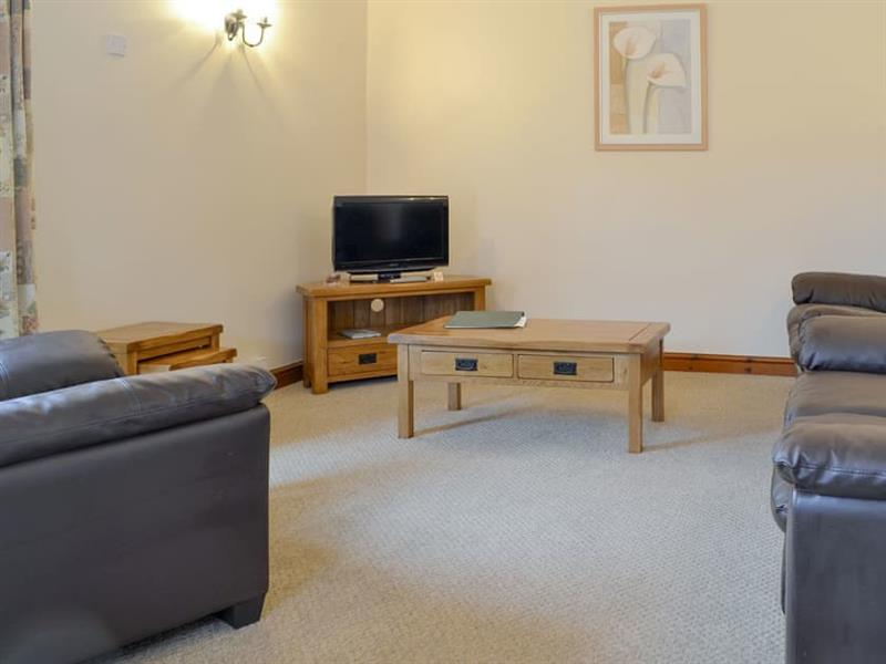 Moor Farm Stable Cottages - Dairy Cottage in Foxley, near Fakenham - sleeps 5 people