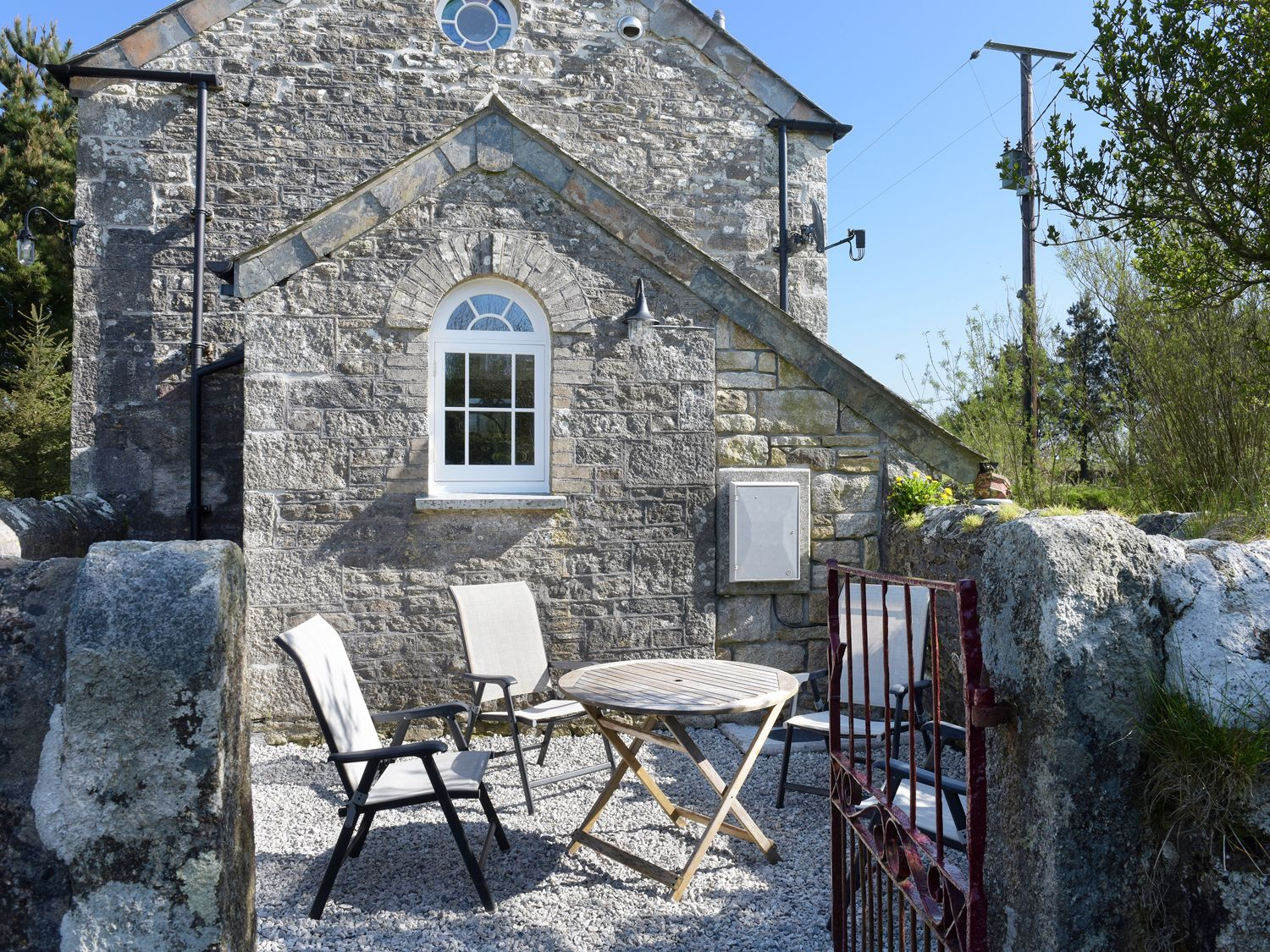 Moor View Chapel in Camelford - sleeps 4 people