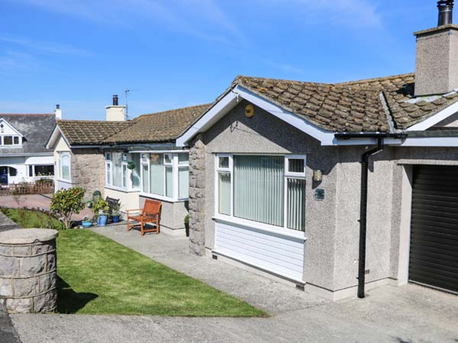 Moranva in Benllech near Red Wharf Bay - sleeps 4 people
