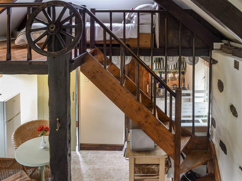 Mount Tavy Cottages - The Pumphouse in Tavistock - sleeps 2 people