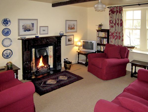 Near Bank Cottage in St. Abbs - sleeps 4 people