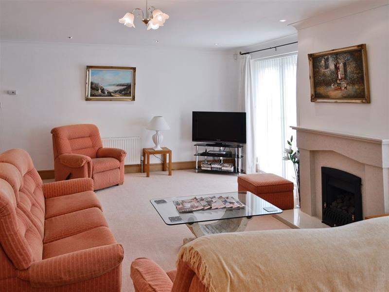 Nenagh in Crantock, nr. Newquay - sleeps 6 people