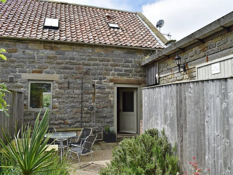 Newlands Farm - Lavender Cottage in Cloughton, near Scarborough - sleeps 4 people