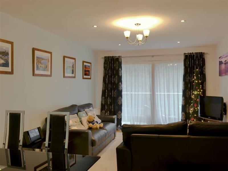 North Bay Sands Apartment 2 in Scarborough - sleeps 4 people