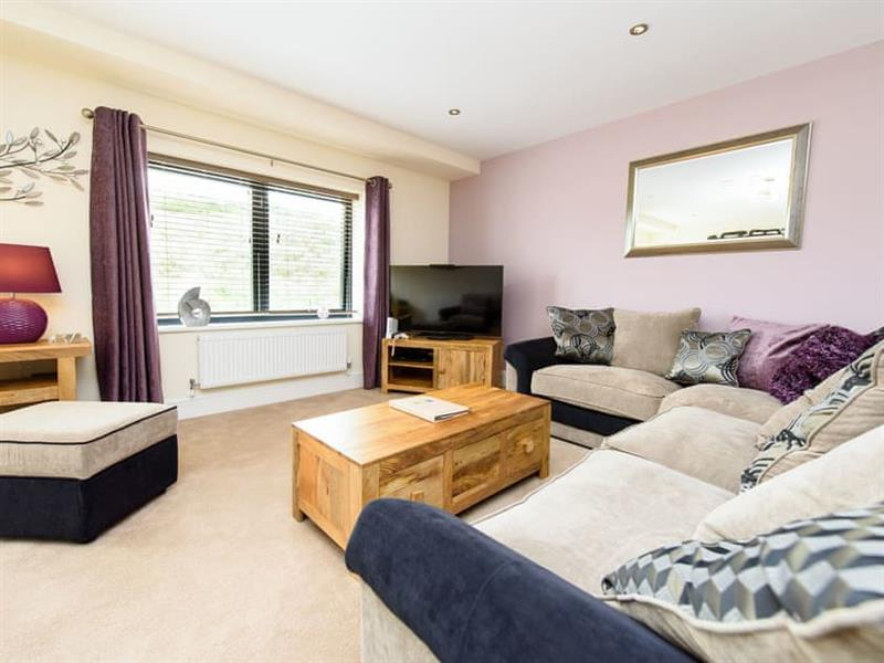North Bay Sands Apartment 3 in Scarborough - sleeps 4 people