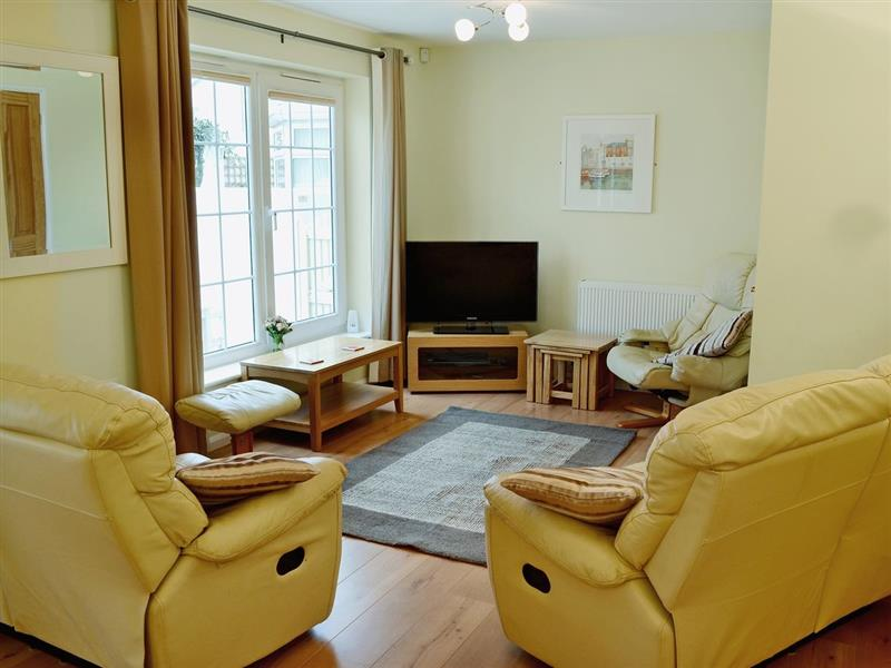 North Shore in Crantock, N. Cornwall. - sleeps 8 people