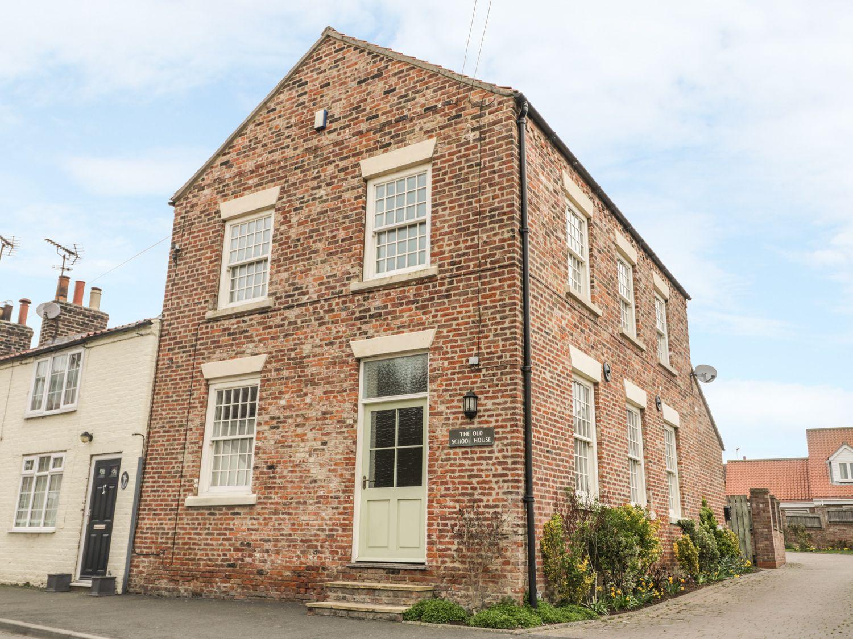 Old School House in Kilham near Driffield - sleeps 6 people