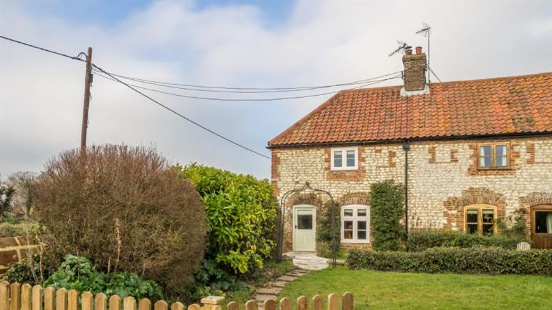 Orchard Cottage in Ringstead near Hunstanton - sleeps 4 people