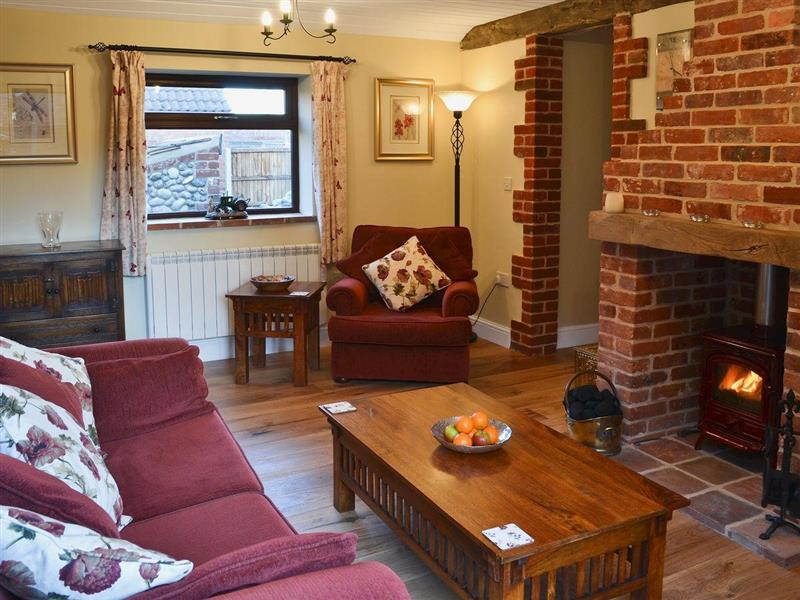 Orchard Farm - Smithy Cottage in West Beckham, nr. Sheringham - sleeps 2 people