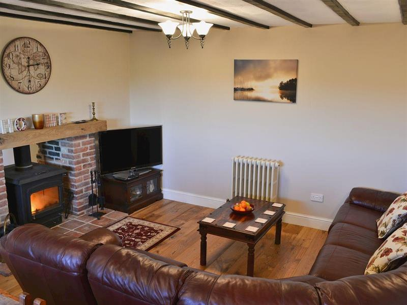 Orchard Farm - The Forge in West Beckham, nr. Sheringham - sleeps 7 people