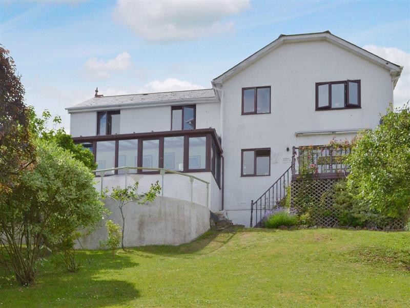 Orchard Hill House Apartment in Paignton - sleeps 4 people