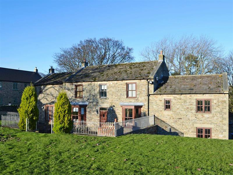 Ornella View in Mickleton, near Middleton-in-Teesdale, County Durham - sleeps 10 people