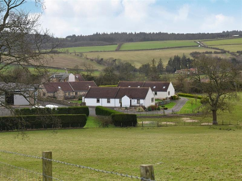 Parkley Farm Holiday Cottages - Beech Tree Cottage in Linlithgow, Edinburgh - sleeps 6 people