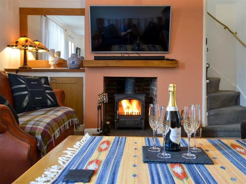 Pebble Cottage in Caister-on-Sea - sleeps 4 people