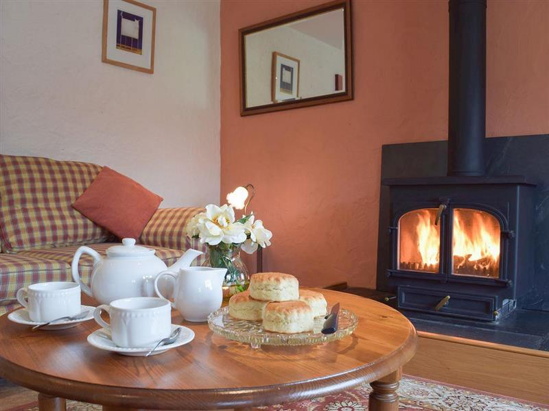 Penwern Fach Holiday Cottages - Cothi Cottage in Ponthirwaun, near Cardigan, Ceredigion - sleeps 4 people