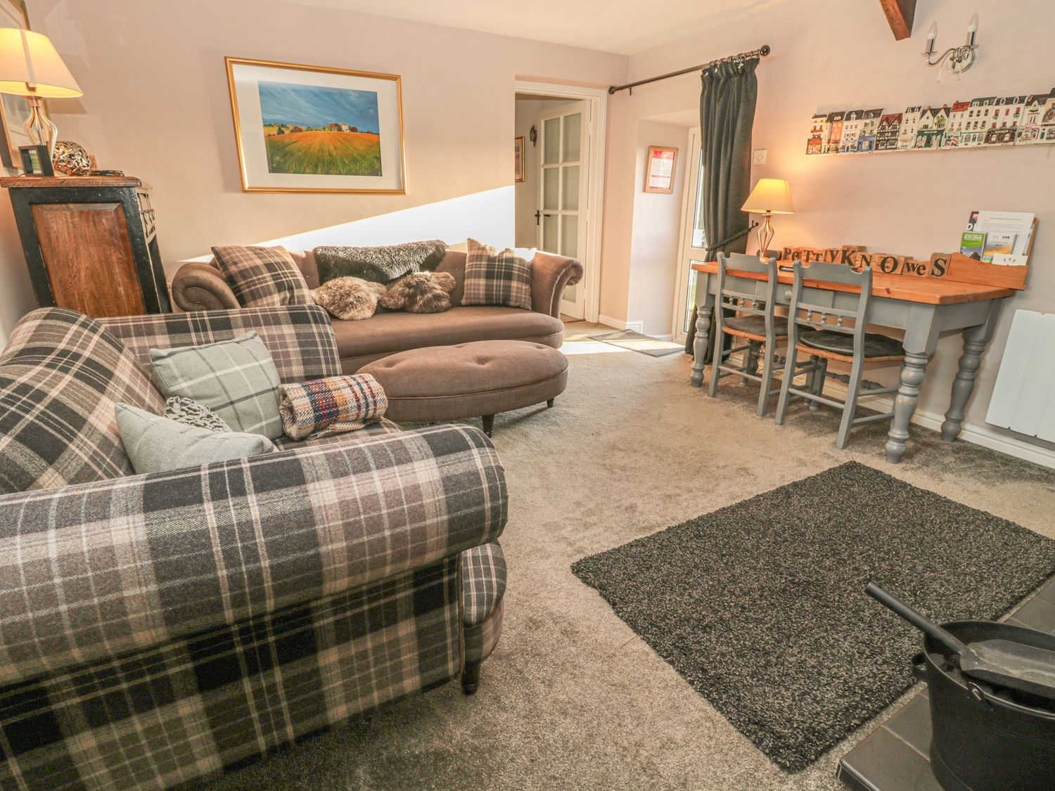 Petty Knowes Cottage in Rochester near Otterburn - sleeps 7 people