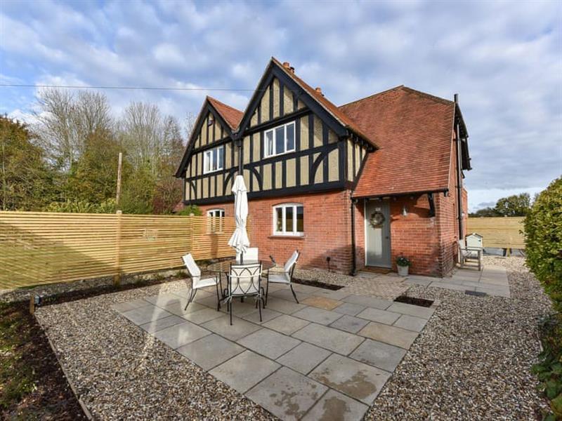 Pheasant Cottage in Hursley - sleeps 4 people