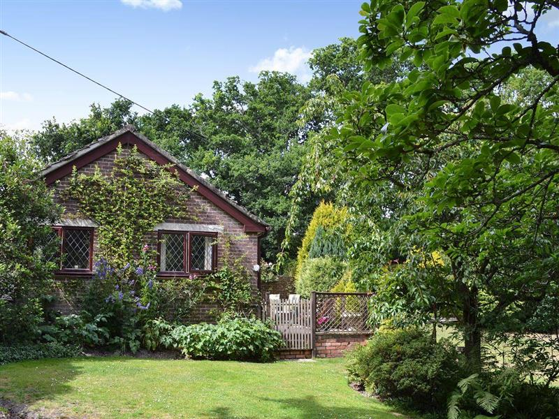 Picket Hill Cottage in Picket Hill, near Ringwood - sleeps 4 people