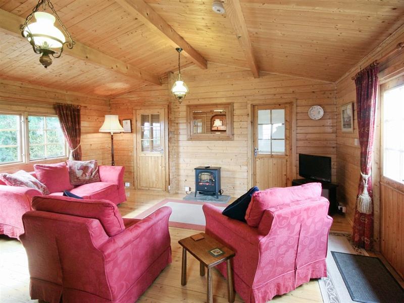 Pine Lodge in Netherseal - sleeps 4 people