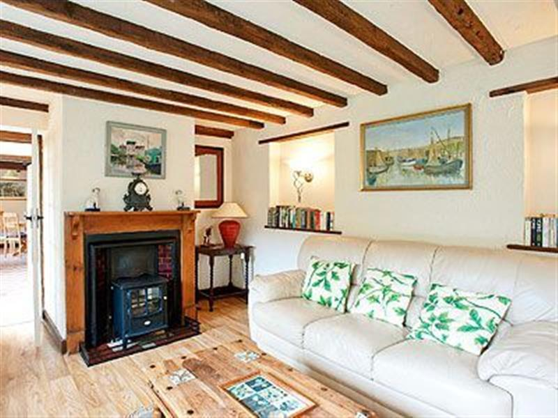 Pitts Cottage in Brancaster, Norfolk. - sleeps 5 people