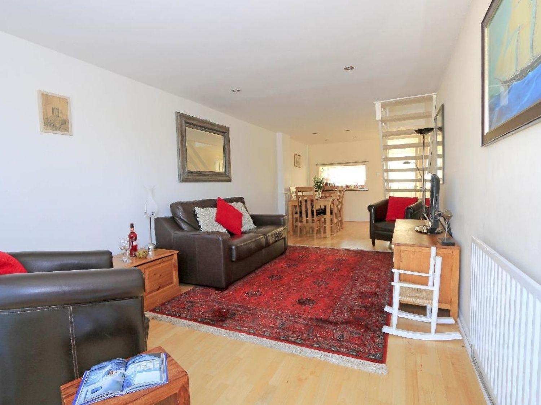 Porth Beach House in Newquay - sleeps 4 people