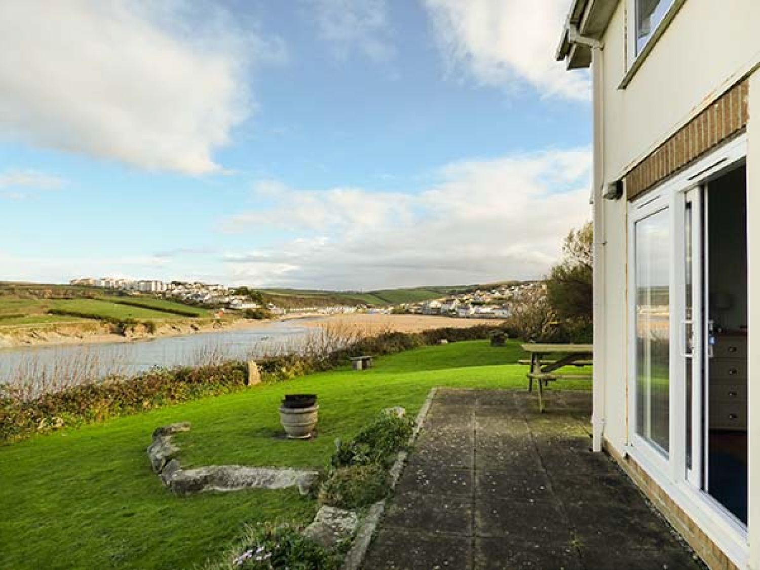 Porth View in Porth near Newquay - sleeps 4 people