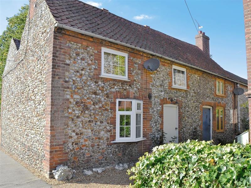 Portland Cottage in Helhoughton, nr. Fakenham - sleeps 3 people