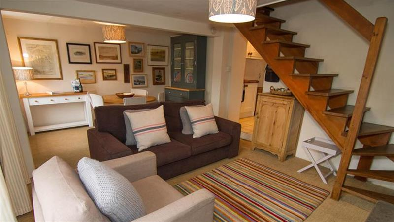 Post Mill Cottage in Burnham Overy Staithe near Kings Lynn - sleeps 4 people