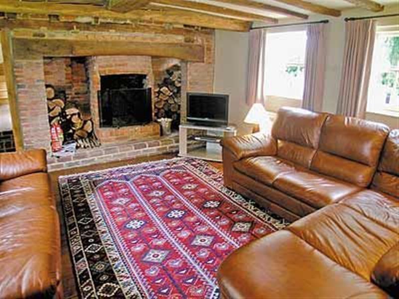 Pound Cottage in Kirdford, West Sussex. - sleeps 10 people