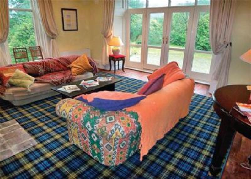 Ptarmigan Lodge in Glasgow - sleeps 10 people
