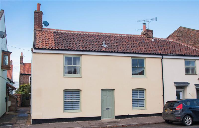 Quay Cottage in Wells-next-the-Sea - sleeps 6 people