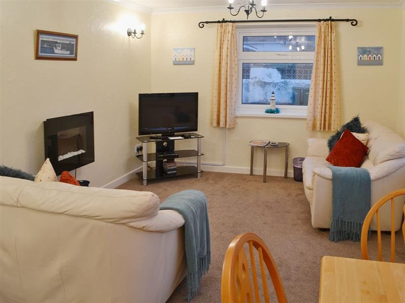 Quayside in Cemaes Bay - sleeps 4 people