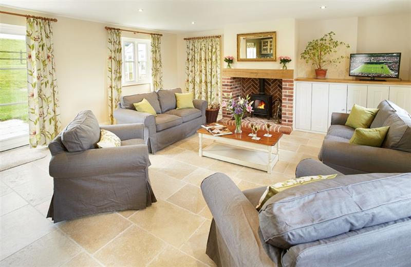 Rampisham Hill Farm Barn in Hooke - sleeps 6 people