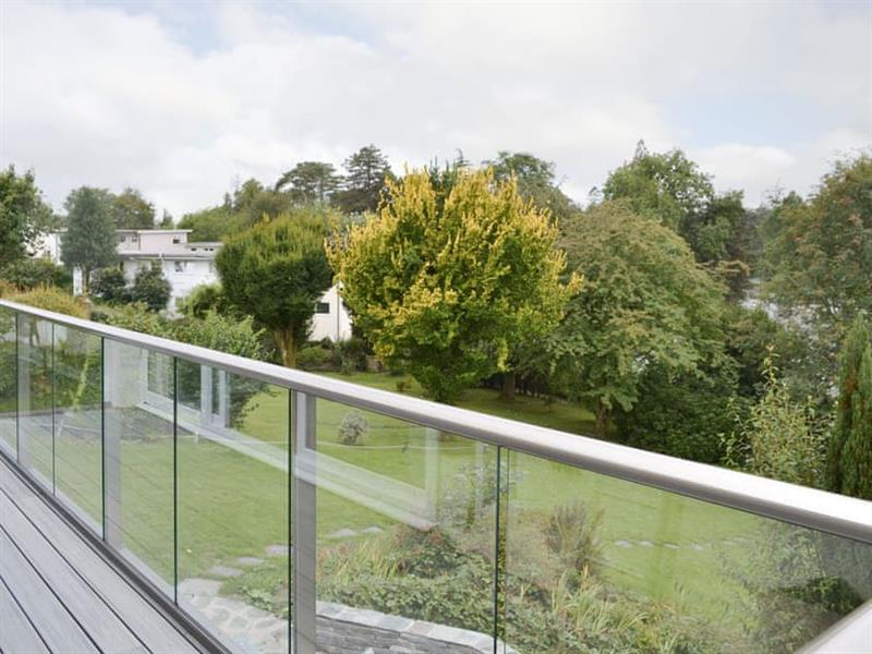 Rayrigg in Bowness-on-Windermere - sleeps 8 people