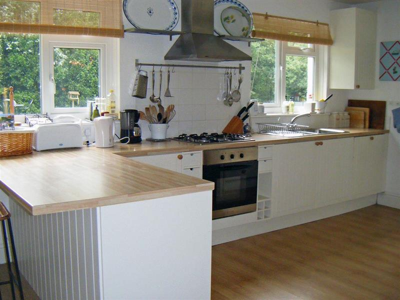 Rofford Lodge in Yarmouth, Isle of Wight - sleeps 8 people