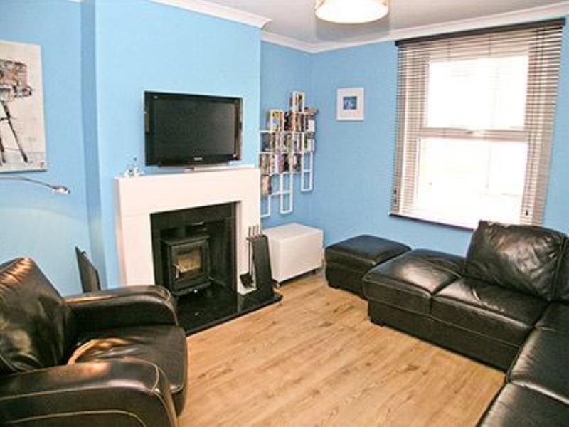 Rolls Cottage in Whitstable - sleeps 6 people