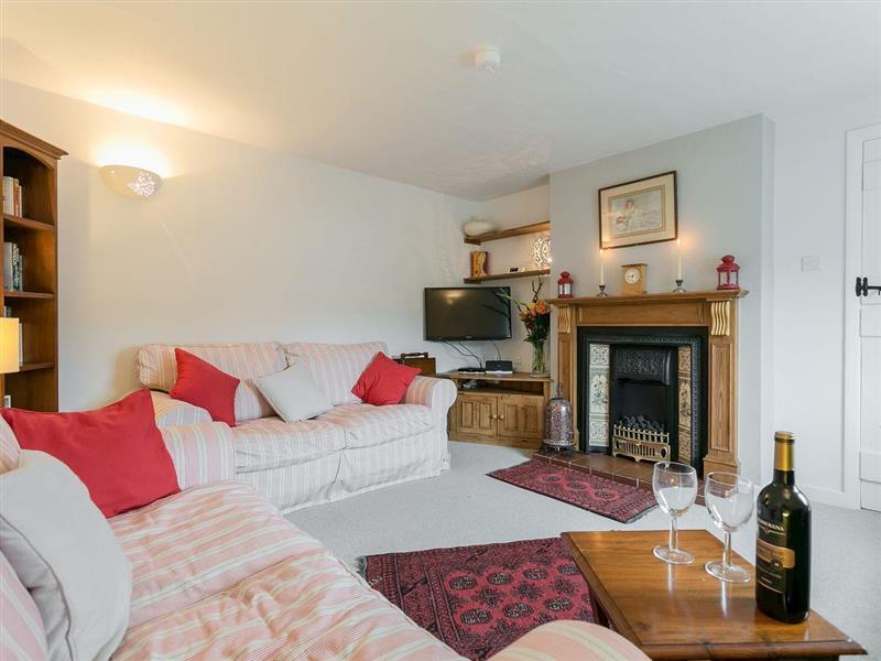 Rose Cottage in Great Longstone, near Bakewell - sleeps 5 people