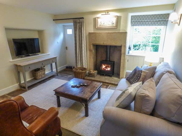 Rose Cottage in Winster - sleeps 4 people