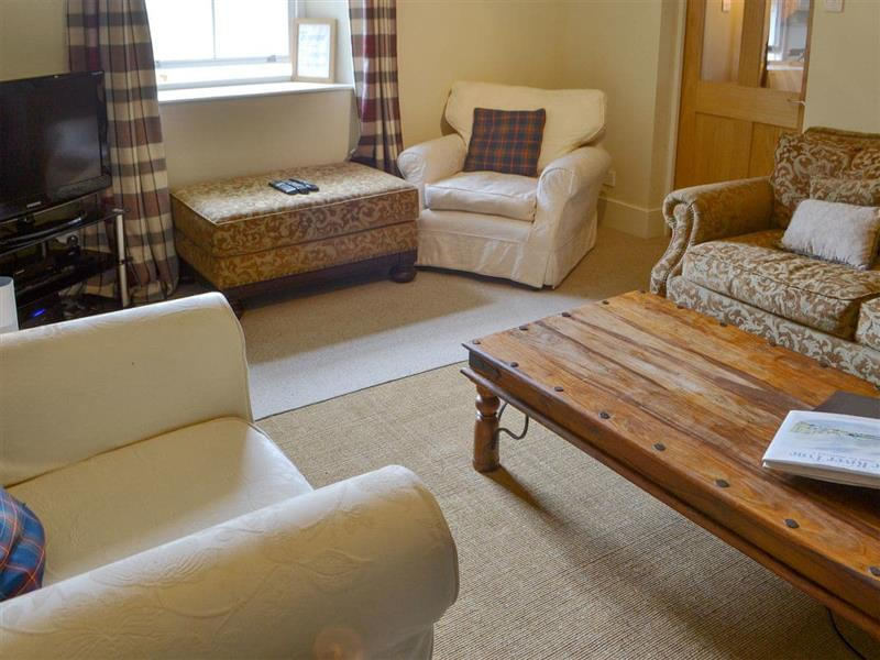 Roses Bower - Old Woodworkers Cottage in Great Whittington, near Corbridge - sleeps 4 people