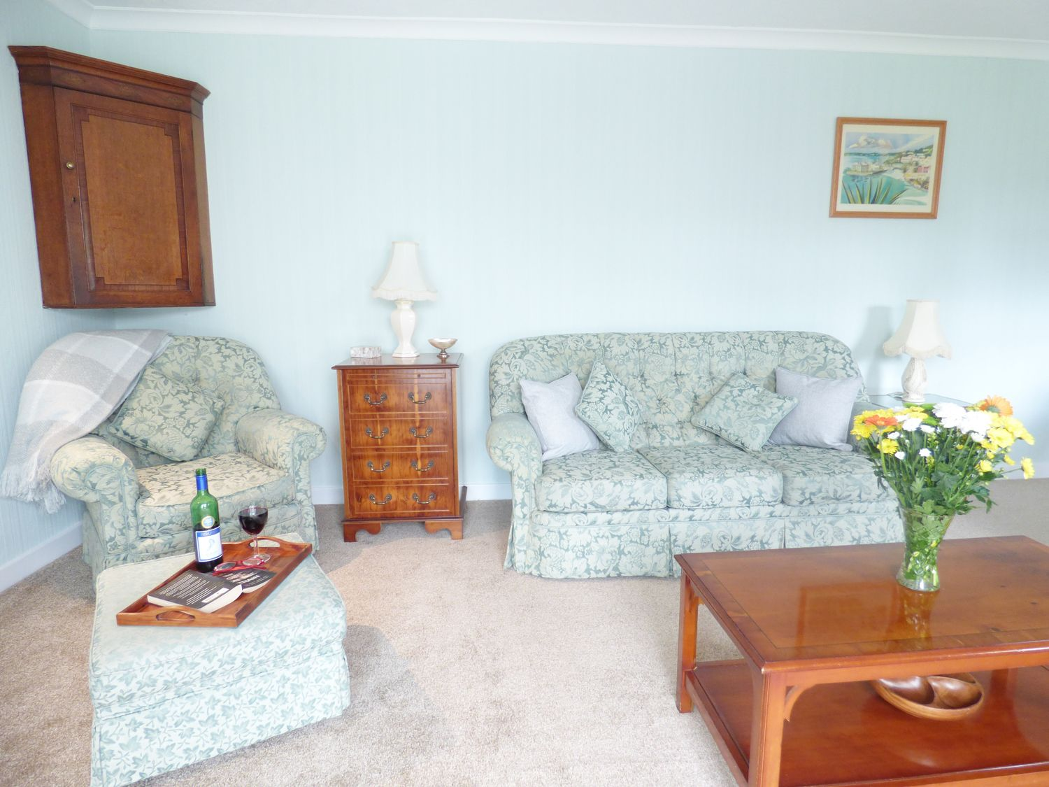 Ross House in Chester - sleeps 8 people
