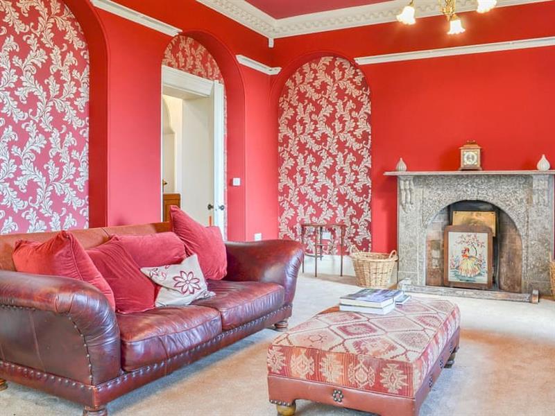 Ross Lodge in Barrows Green, near Kendal - sleeps 14 people