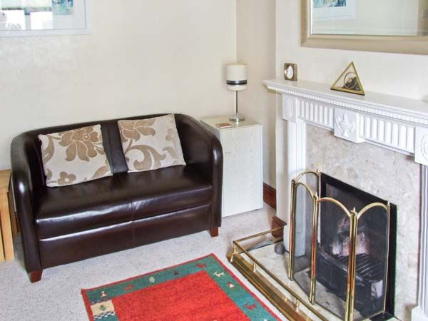 Rosskeen in Tideswell - sleeps 6 people