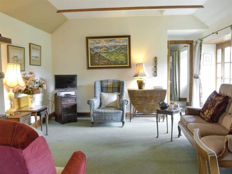 Rowan Tree Cottage in Blairgowrie - sleeps 4 people