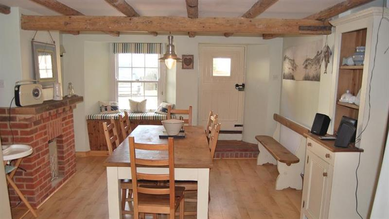Samphire Cottage in South Creake near Fakenham - sleeps 4 people
