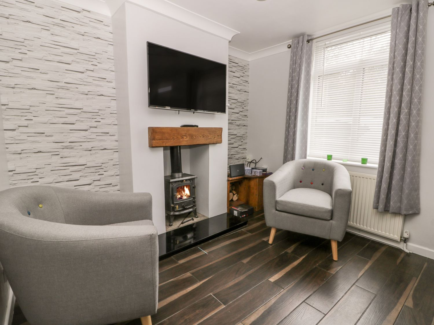 Scarborough Cottage in Driffield - sleeps 5 people